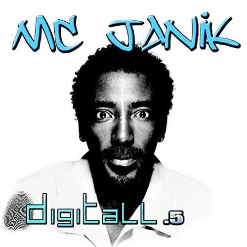 MC Janik