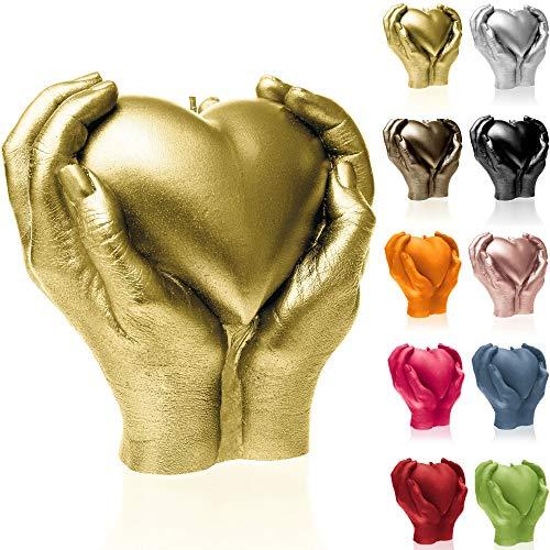 Candellana Kerze Herz Hand   Höhe: 16 cm   Klassisches Gold   Brennzeit 35h   Kerzengröße gleicht 1:1 einer realen Hand   Handgemacht in der EU