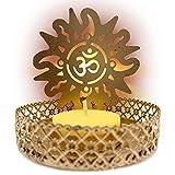 Pack x 2 - Portavelas símbolo Om color dorado (incluye 2 velas). Porta velas decorativas para el hogar/oficina. Decoracion hindu candelabros elaborados 100% a mano.