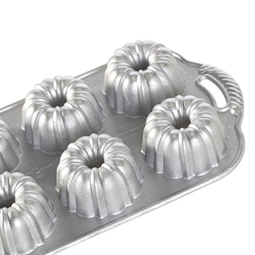 Nordic Ware Platinum Collection Anniversary Bundtlette Pan