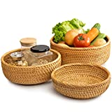 Round Wicker Baskets Handwoven Fruit And Vegetable Storage for Serving Potatoes Onions Bread Rattan Decor Basket Stackable Set 3 Fruit Holder for Kitchen Countertop Organizing Bathroom (Honey Brown)