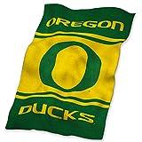 Logo Brands NCAA Oregon Ducks UltraSoft Blanket, One Size, Team Color