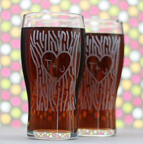 Personalized Engraved Newlywed Glasses with Heart and Initials In Tree Trunk (Set of 2)