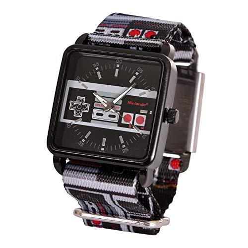 Nintendo Armbanduhr NES Controller mit Textilband Analog schwarz grau