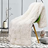 junovo Super Soft Shaggy Longfur Faux Fur Blanket, Fuzzy Throw Blanket for Bed, Fluffy Cozy Plush Light Blanket, Washable Warm Furry Throw Blanket for Couch Sofa Chair Home Decor, 50'x60' Cream White