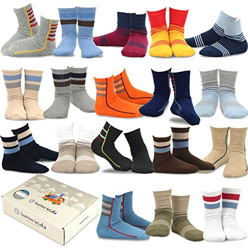 TeeHee Little Boys and Toddler Casual Sports Novelty Cotton Crew Socks 18 Pair Pack Gift Box