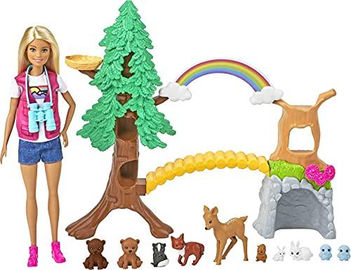 Barbie Exploradora de la Naturaleza Muñeca rubia con moda de montaña y set de juego con animales de juguete y accesorios (Mattel GTN60)