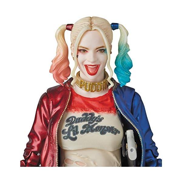 MAFEX Harley Quinn (reproducción) 6
