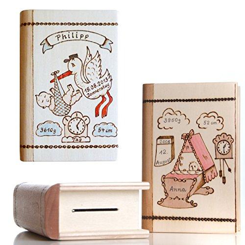 Geschenk zur Geburt: Baby Spardose mit Namen und Geburtsdaten personalisiert - für Jungen & Mädchen- Spardosen zur Geburt aus Holz mit Gravur - Motiv Storch oder Wiege
