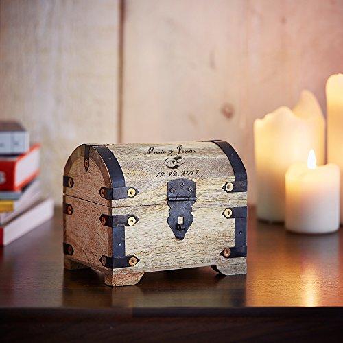 Casa Vivente Schatztruhe aus hellem Holz mit Gravur zur Hochzeit, Motiv Ringe, Personalisiert mit Namen und Datum, Verpackung für Geldgeschenke - 4
