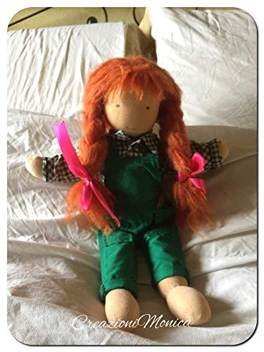 bambola di pezza in stile Waldorf iteramente fatta a mano