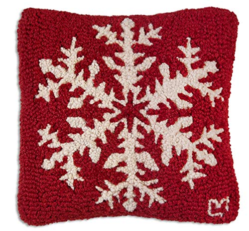 """Chandler 4 Corners Artist-Designed Red Snowflake Hand-Hooked Wool Decorative Christmas Throw Pillow (14"""" x 14"""")"""