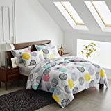 Uozzi Bedding Bed in a Bag 7 Pieces Queen Size - Colorful Dots Style - Soft Microfiber, Reversible Bed Comforter Set (1 Comforter, 2 Pillow Shams, 1 Flat Sheet, 1 Fitted Sheet, 2 Pillowcases)
