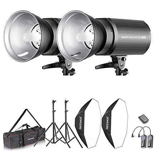 Neewer Kit d'Illuminazione 800W Strobo Flash & Softbox: (2) 400W Flash Monoluce (S-400N) (2)Riflettore con Attacco Bowens (2)Cavalletto (2) Softbox (2)Lampadina (1) RT-16 Trigger (1)Borsa