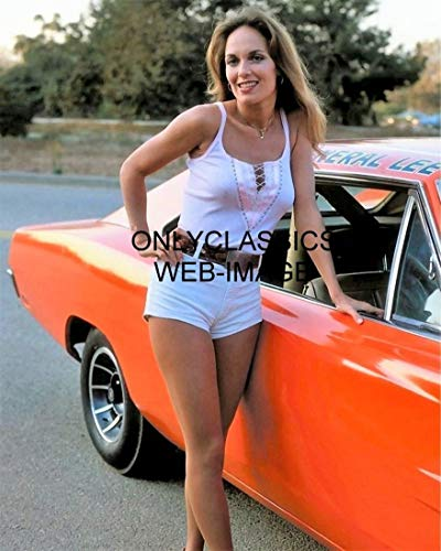 OnlyClassics Dukes of Hazzard Catherine BACH Daisy 8X10 Photo 1969 Dodge Charger General LEE