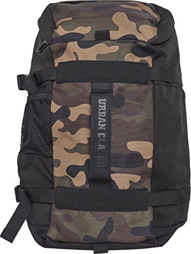 Urban Classics Traveller Backpack Rucksack, 50 cm, 17, 5 L, Black/Camo