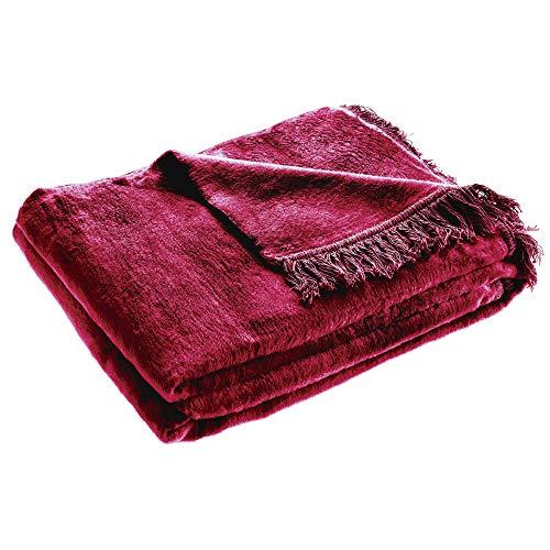 KADAX Kuscheldecke, weiche Wohndecke mit Fransen, 150 cm x 200 cm, Sofa-Decke, Couchdecke, warme Decke für Couch, Bett, Tagesdecke aus Baumwolle, Acryl, pflegeleicht (rot)