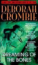 By Deborah Crombie - Dreaming of the Bones (1998-12-16) [Mass Market Paperback]