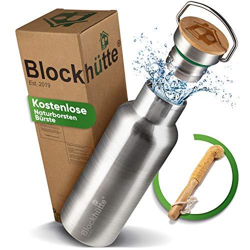 Blockhütte. Premium Edelstahl Trinkflasche isoliert mit Naturborsten Bürste I Die Innovative Isolierflasche ist auslaufsicher. I Die Edelstahl Trinkflasche ist für Kinder & Erwachsene. (500 ml)