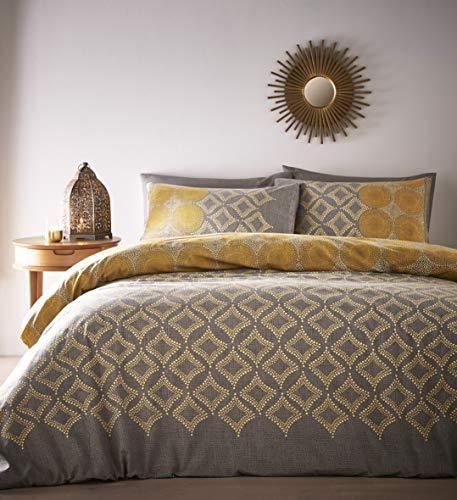 Portfolio Joel Quilt Duvet Cover Bed Set, Ochre, King