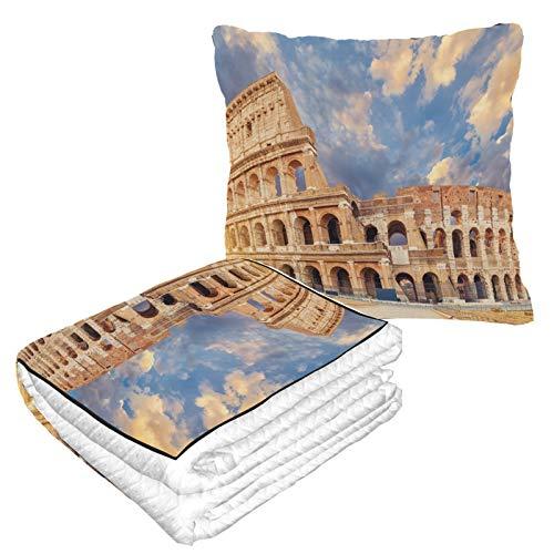 Berühmtes Kolosseum in Rom, Italien, verpackbare Reisedecke, warm, weich, 2-in-1-Kombination, Autodecke, Reisekissen und Decke für Flugzeuge für jede Reise