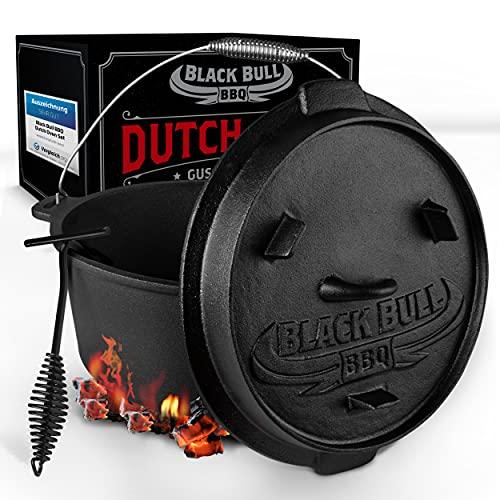 Black Bull BBQ [Das Original] - Dutch Oven Set [7L] – Eingebrannter Feuertopf aus Gusseisen mit Füßen & Deckel – Ausgezeichnet von Vergleich.org – inkl. Deckelheber