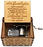 Woodtree Hölzerne Hand Music Box Crank Omas Liebe for Enkelin Antike Geschnitzte Musical Box for Kinder