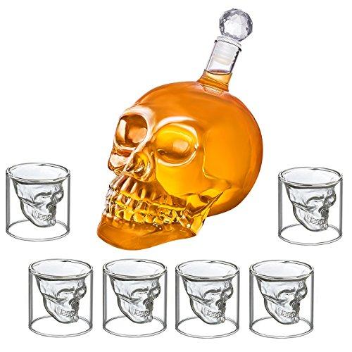 FuKiPro Funky Kitchen Products Schnapsglas Totenkopf Set - 6er Shot-Glas Skull Head Stamper + Karaffe im Totenkopfdesign (6 Schnapsgläser 75ml + 1000ml Karaffe)