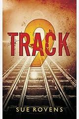 Track 9 ペーパーバック