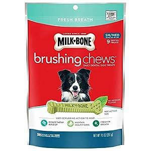 Milk-Bone Brushing Chews Daily Dental Dog Treats, Fresh Breath, Small/Medium Treats, 7.1 Ounces