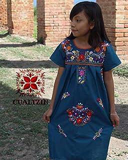 vestido artesanal mexicano bordado para niña