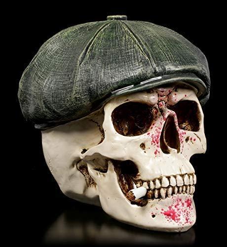 Figuren Shop GmbH Gothic Totenkopf mit blutigem Gesicht im Gangster-Outfit - Gangster Boss | Fantasy Skull, handbemalt