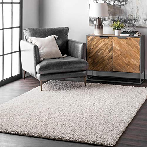 nuLOOM Clare Solid Shag Area Rug, 5' 3' x 7' 6', White