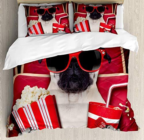 Set copripiumino con motivo carlino, divertente cane guardando film popcorn, bibite e occhiali con fotografia di animali, set di biancheria da letto decorativo con 2 cuscini, color crema rubino