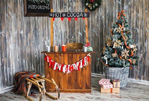 YongFoto 7x5ft Fotografie Achtergrond Kerstboom Geschenken Hot Cocoa Shop Krans Sled Mand Houten Plank Interieur Foto Achtergrond Fotografie Video Party Kids Portret Photo Studio Props