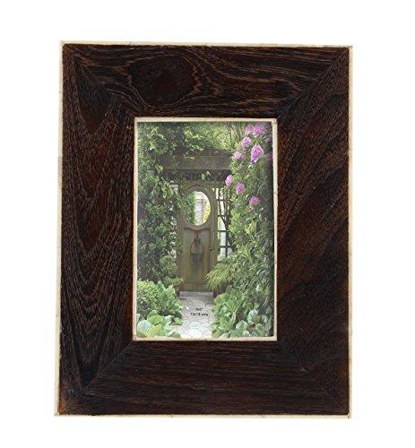 Deco 79 79072 Dark Brown Wooden Picture Frame with Bone Lining, 9' x 7', Darkbrown/White