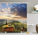 N/ Colecciónde de Bodega Viñedo en Chianti Toscana Italia Otoño Amanecer con lucesde Sol reventando a travésde Las Nubes Imagen de Larga Verde 183 * 183CM