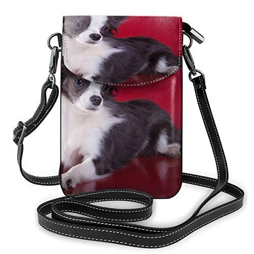 Generic Chihuahua Lay On The Red Ground Small Crossbody Handtasche für Handy, PU-Leder mit verstellbarem Riemen für den Alltag