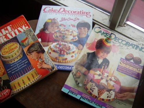 Wilton Yearbook of Cake Decorating 1979