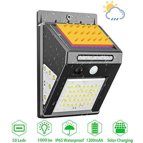Solarlampen für Außen mit Bewegungsmelder Wasserdicht IP65, iToncs Sehr Hell 50 LED Solarleuchten Wandleuchte für Außen Garten, Solar Beleuchtung 3 Modi, Kabelloses Solarlampe Aussenleuchte (1 Stück)