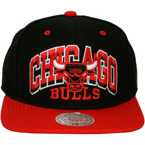 Mitchell & Ness - Casquette Snapback Homme Chicago Bulls 2x Arch