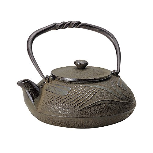 TOKYO MATCHA SELECTION - Nanbu Tetsubin - Tonbo (Dragonfly design) 0.4 Liter - Japanese cast iron teapot from Iwate Japan [Standard ship by EMS: with Tracking & Insurance]