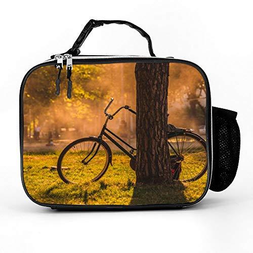 THEHO schwarzes Chopper-Fahrrad vor dem Baum High Quality Leder-Meal Bag hat eine Wärmepräsentation und Zipper-Effekt mit 21cmx27cmX9 cm.