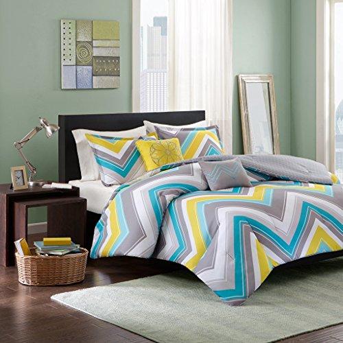 Intelligent Design Elise Full/Queen Blue, Yellow, Grey, Cheveron  5 Piece Teen Set  Peach Skin Fabric Bed Comforter
