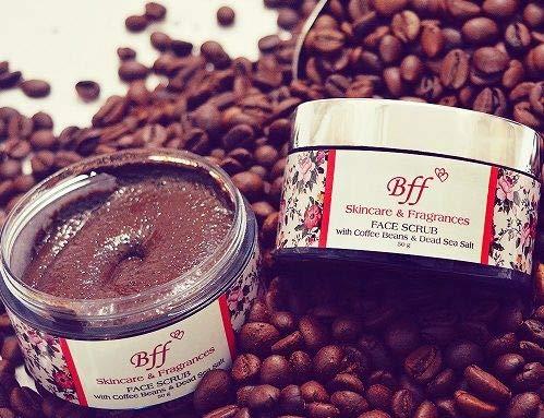 Bff gezichtsverzorging met koffiebonen en zout van de dode zee