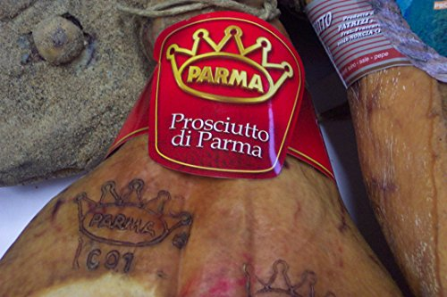 Prosciutto di Parma dop Intero, disossato stagionato 18 mesi, sotto vuoto. Peso 9 Kg.