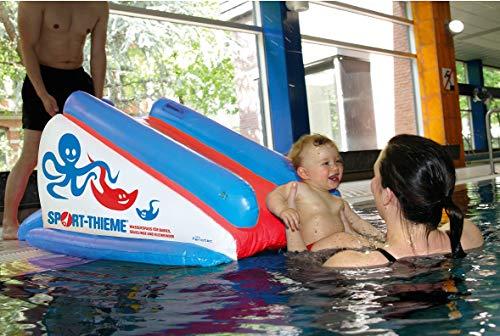 Sport-Thieme Baby Wasserrutsche   Aufblasbare Wasserrutschbahn mit sechs Luftkammern   Für Babies, Säuglinge, Kinder ab 6 Monaten   Sicher, Weich, Robust   130x70x60 cm   PVC-Folie   Markenqualität