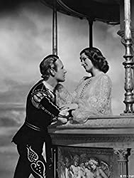 Leslie Howard and Norma Shearer as Romeo and Juliet