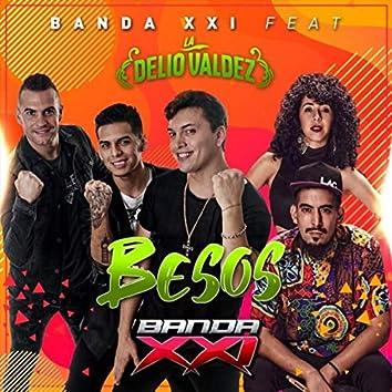 Besos (feat. La Delio Valdez)
