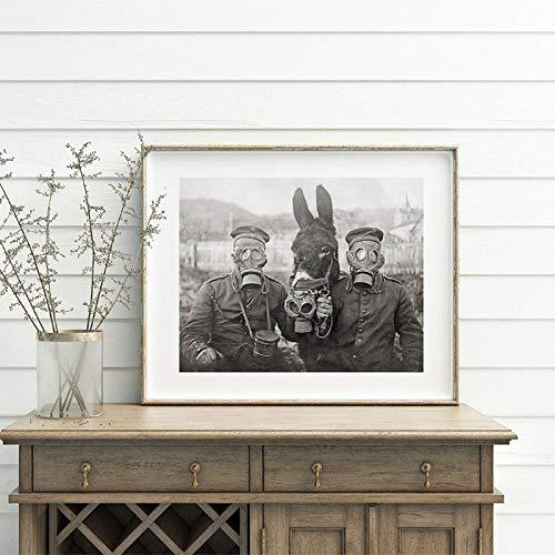 Póster fotográfico en Blanco y Negro de la Primera Guerra Mundial Imprime un Burro y Dos Soldados alemanes Fotografía Antigua Arte de la Pared Pintura en Lienzo Decoración 50x70cm-Sin Marco